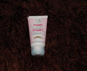 Body Shop Vitamin E Cool BB Cream