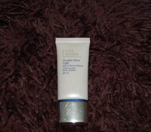 Estee Lauder Double Wear Light Intensity 1.0