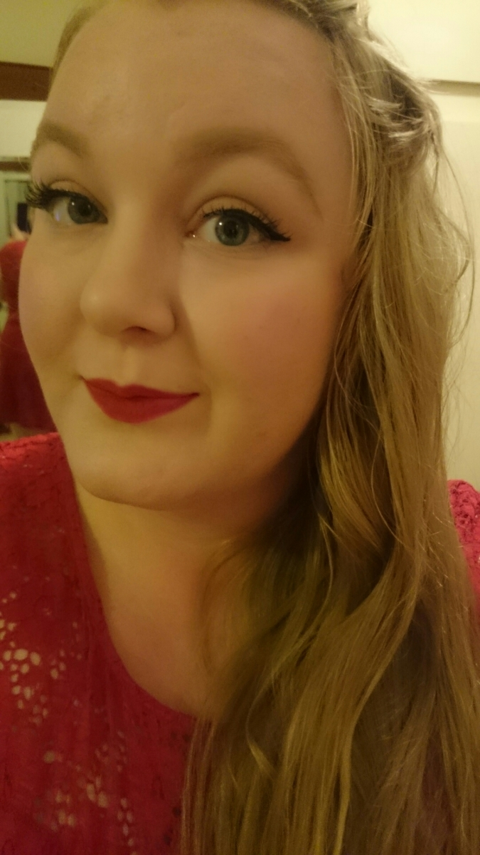 Wedding Guest Outfit and Makeup: The Crimson Lip